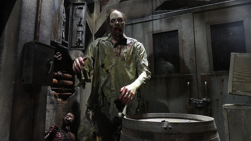 Haunted attractions the queen of scream for 13 floor haunted house indiana